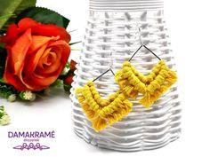 Diamant makramé fülbevaló – sárga – DAMAKRAMÉ