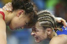 【速報】レスリング女子48キロ級の登坂絵莉が、初の五輪で金メダルを獲得。残り13秒からの猛攻で大逆転。http://yahoo.jp/NL_t4p (写真:ロイター/アフロ)#リオ2016 #jpn #レスリング #リオ五輪