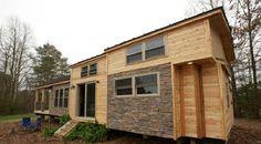 La taille est un facteur important lorsque l'on veut construire une petite maison ! Elle doit faire moins de 1000 pieds carrés pour être considérée comme une véritable petite maison. Cependant, ce n'est pas parce que vous avez une petite maison que v