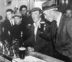 Dublin Pub 1959 - Jimmy Stewart from Fb site Rare Irish Stuff. Dublin Pubs, London Pubs, Dublin Ireland, Go Irish, Irish Beer, Irish Catholic, Irish Eyes Are Smiling, Emerald Isle, My Heritage