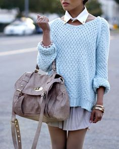 Collar| Oversized jumper| Skirt| Handbag
