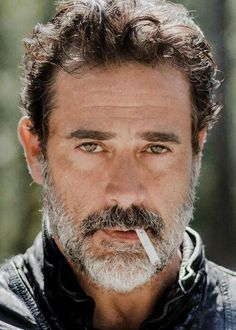 Jeffrey Dean Morgan - Man! This man is just so damn good looking! He is criminally handsome.