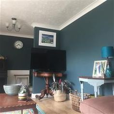 An inspirational image from Farrow and Ball Inchyra Blue, Living Room Color, Blue Living Room, Living Spaces, Farrow Ball, Cottage Dining Rooms, Farrow And Ball Bedroom, Interiors Dream, Victorian Living Room