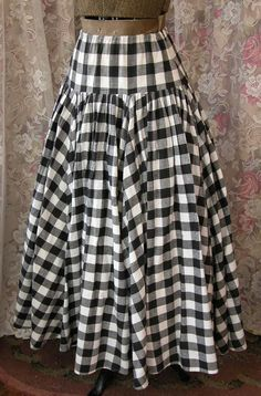 Vintage 1980s Norma Kamali Fall Winter VOLUMINOUS Buffalo Plaid Skirt Long Black and White Check Size Large Excellent Condition