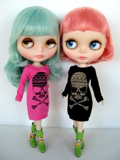 I LOVE these dresses! (For my dolls and for me too!)
