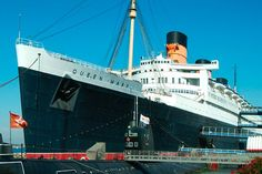 This is the ship my dad was on during WWII. queen mary long beach - Bing Images