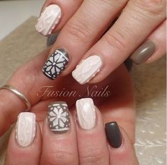 Lovely winter nails