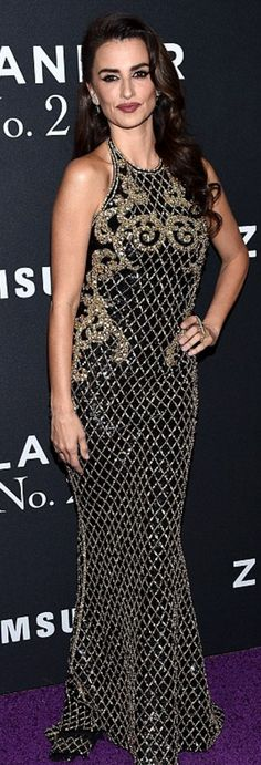 Penelope Cruz: Dress – Balmain  Jewelry – Ara Vartanian  Shoes – Brian Atwood
