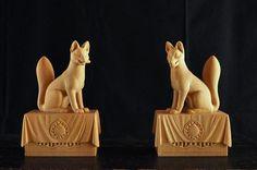 これで仕上がりです(↓)稲荷神の神使、眷属。 狛犬や獅子の多くは阿吽の像として対となっていることが多いですが、稲荷神社の狐像でも同様に阿吽であらわしてあるもの…