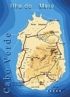 A ilha de Maio fecha o conjunto das ilhas mais planas de Cabo Verde. Encontram-se poucos vestígios de sua origem vulcânica e sua maior altitude é o Monte Penoso com 436 metros.