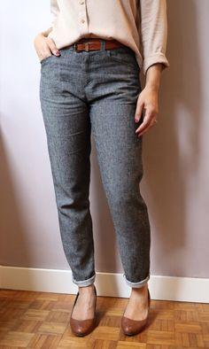 Wyome Boyfriend jean pattern Named lightweight denim gray / black (lecoussindusinge.wordpress.com) Boyfriend Jeans, Modest Outfits, Modest Clothing, Women's Clothing, Named Clothing, Clothing Patterns, Clothing Ideas, Couture, Mom Style