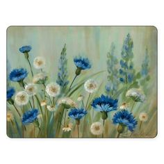 The unique Pimpernel Fleur Des Champs Placemats have a cork back that protects furniture. Its beautiful design of white and blue cornflowers growing wildly in a field, adds a relaxing ambiance to your table.