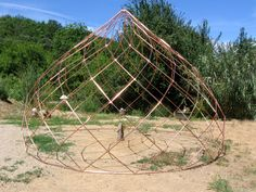 Zomes Concept - Zome Design Just the right angle and spiral, beautiful aesthetic Dome Structure, Bamboo Structure, Eco Buildings, Dome House, Geodesic Dome, Earthship, Architecture Details, Organic Architecture, Land Art