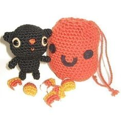 Little Cat and Pumpkin Goodie Bag  PDF amigurumi by anapaulaoli, $4.00