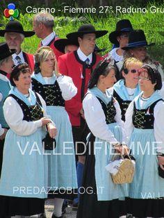 Carano, musica e colori con i gruppi folk del Trentino