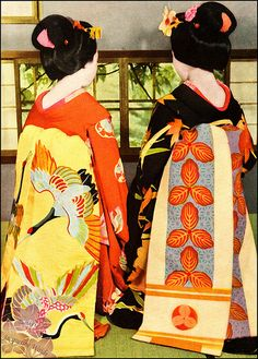 two maiko of the 1930s