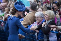 The Cambridges' royal tour of Canada begin in style when the family arrived in Victoria on a Canadian Air Force plane this afternoon.      T...