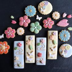 Fantastic Happy new year tips are available on our web pages. Check it out and you will not be sorry you did. Tea Cookies, Flower Cookies, Biscuit Cookies, Cupcake Cookies, Sugar Cookies, Cupcakes, Japanese Cookies, Japanese Sweets, Cookie Icing