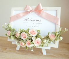 たっぷりローズのナチュラルウェルカムボード 手作りキット ピンク Flower Boxes, Flower Frame, Paper Flower Backdrop, Paper Flowers, Wedding Reception Backdrop, Floral Room, Corsage Wedding, Wedding Welcome Signs, Frame Crafts