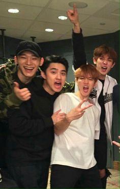 Chen, D.O, Baekhyun & Chanyeol Kaisoo, Chanbaek, Exo Chanyeol, Kyungsoo, Wattpad, Exo Concert, Exo Lockscreen, Xiuchen, Exo Korean