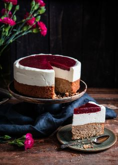Sweet Pastries, Piece Of Cakes, Sweet And Salty, Desert Recipes, Vegan Desserts, Let Them Eat Cake, No Bake Cake, A Table, Cake Recipes