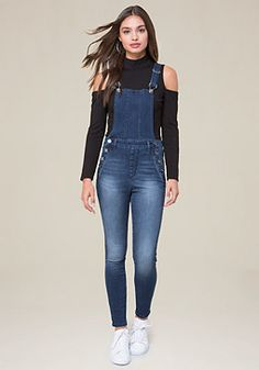 Clean Denim Overalls - Overalls you'll be all over, featuring soft washed denim and a sleek fit. Jumper Outfit Jumpsuits, Overalls Outfit, Overalls Women, Jumpsuit Outfit, Denim Overalls, Casual Jumpsuit, Denim Outfit, Denim Jumper, Denim Jumpsuit