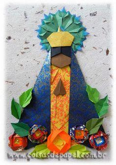 Representação em origami da Nossa Senhora feita por Vera Young, de autoria de Emilson Nunes dos Santos