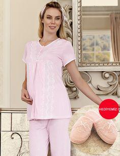 Şahinler Maternity Nursing Dress, Womens Pyjama Sets, Pajamas Women, Nightwear, Pajama Set, Cold Shoulder Dress, Lingerie, How To Wear, Homes