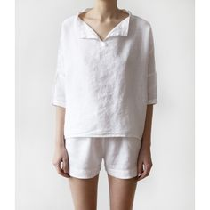 Luxury Linen Pajamas with shorts -i would so wear this every day, it looks like the perfect summer outfit! Kimono Fashion, Fashion Outfits, Looks Street Style, Pajamas Women, Minimal Fashion, Sewing Clothes, Loungewear, Night Gown, Textiles