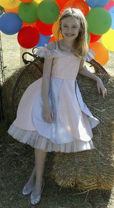 Dakota Fanning Is All Grown Up In Rodarte 2006