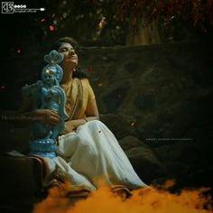 Krishna Gif, Radha Krishna Songs, Krishna Mantra, Krishna Flute, Radha Krishna Love Quotes, Cute Krishna, Lord Krishna Images, Radha Krishna Pictures, Krishna Video