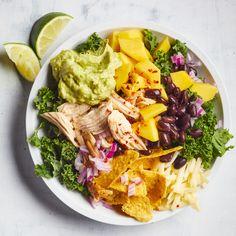 Chicken & Kale Taco Salad with Jalapeño-Avocado Ranch - Food - Lunch ideas - Quinoa Recipes Cucumber Avocado Salad, Avocado Ranch, Watercress Salad, Mango Salad, Spinach Salads, Chicken Salad Recipes, Healthy Salad Recipes, Healthy Chicken, Pasta Recipes