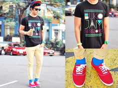 Style by David Guison Men's Style, Style Icons, Male Fashion, Fashion Trends, Shirt Style, Coconut, David, Neon, Guys