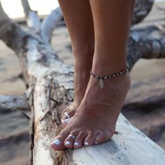 Breaking Waves Anklet - With Leaf