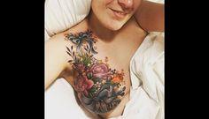 Cubre con tatuaje las secuelas de cáncer de mama