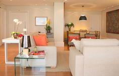 Uma morada tecnológica. Veja: http://casadevalentina.com.br/projetos/detalhes/uma-morada-tecnologica-583 #decor #decoracao #interior #design #casa #home #house #idea #ideia #detalhes #details #style #estilo #casadevalentina #livingroom #saladeestar