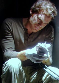 Dexter, this was right after he killed his brother. The Best Series Ever, Best Shows Ever, Old Tv Shows, Movies And Tv Shows, Dexter Tv Series, Michael C Hall, Dexter Laboratory, Showtime Series, Six Feet Under