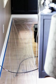 Definitely read this post before you start patching and painting baseboards! This is the easiest method that I have seen! Click through to the post to see how! Painting Baseboards, Painting Trim, Modern Staircase, Staircase Design, Spiral Staircases, Best Bathroom Designs, Bathroom Interior Design, Narrow Hallway Decorating, Wainscoting Stairs