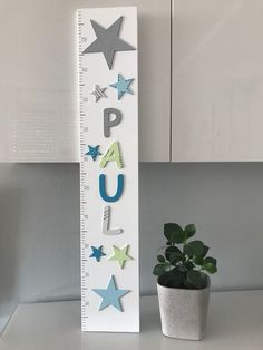 ★ Measuring stick with name for the children's room ★ Gift - idea for children for the g . Ikea Kura Hack, Measuring Stick, Kids Room, Presents, Lego, Gifts, House Beds, Wedding Venues, French