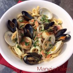 Paleo Seafood Fettuccine (Frutti di Mare) > www.http://mangiapaleo.com > Oh my this looks good!