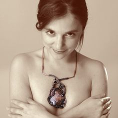 necklace Heart; copper wire, rose quartz, rhodochrosite, rocail; patinated; wire-wrapping, viking knit, riveting; by Nady; photo by Monika Hulova Viking Knit, Riveting, Copper Wire, Rose Quartz, Wire Wrapping, Pendant Necklace, Heart, Model, Jewelry