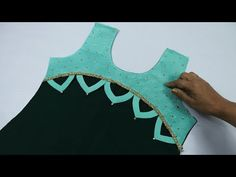 Latest Neck Design with Lace and Stone Work // Neck Design For Kurti. Chudi Neck Designs, Tunic Designs, Fancy Blouse Designs, Blouse Neck Designs, Sleeve Designs, Collar Kurti Design, Salwar Suit Neck Designs, Silk Kurti Designs, Kurta Neck Design