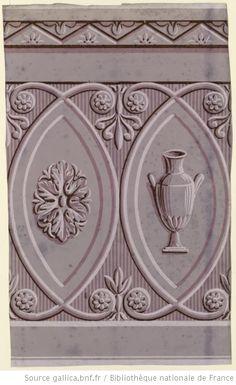 Antique wallpaper border with vase in it. 1802 [Manufacture J. Zuber et Cie. Lambris en camaïeu à large frise centrale alternant un vase à l'antique et une rosace] : [papier peint] - 1