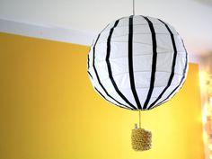 lastenhuone,kuumailmapallolamppu,masking tape,diy,mustavalkoisuus