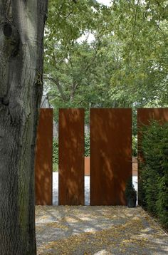 CorTen steel screening panels. By Filip Van Damme