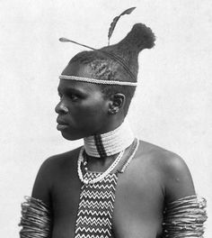 Zulu woman, South Africa African American Artwork, African American Women, African Tribes, African Braids, Zulu Women, Body Painting Festival, Tribal Hair, Tribal People, Ethnic Hairstyles