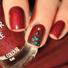 Colour Alike HOLA HOLA!: Christmas tree. | See more at http://www.nailsss.com/colorful-nail-designs/2/