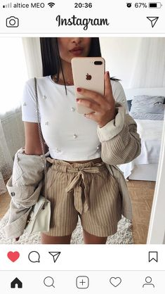 Pin by Gabriela Guerrero on Camisetas in 2019 Night Outfits, New Outfits, Stylish Outfits, Spring Outfits, Fashion Outfits, Womens Fashion, Ootd Fashion, Vetements Shoes, Modelos Fashion