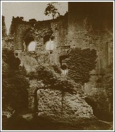 Frederick Scott Archer - Kenilworth: Caesar's Tower from the Inner Court (Early 1850's)