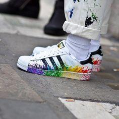Sneakers inspiration from London part III. : @highsnobiety #sneakers #sneakerhead #london #inspiration #adidas #superstar #adidassuperstar #splash #limited